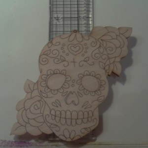 LARGE SKULL WITH ROSE CLUSTERS X 2