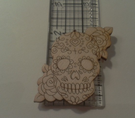 SMALL SKULL | 2 ROSE CLUSTERS